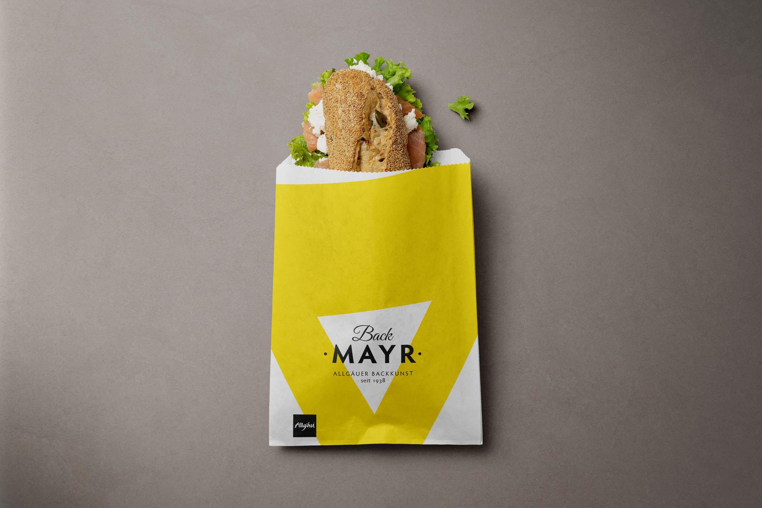 Neues Design für Bäckertüten im passenden Corporate Design von Bäckerei Back Mayr
