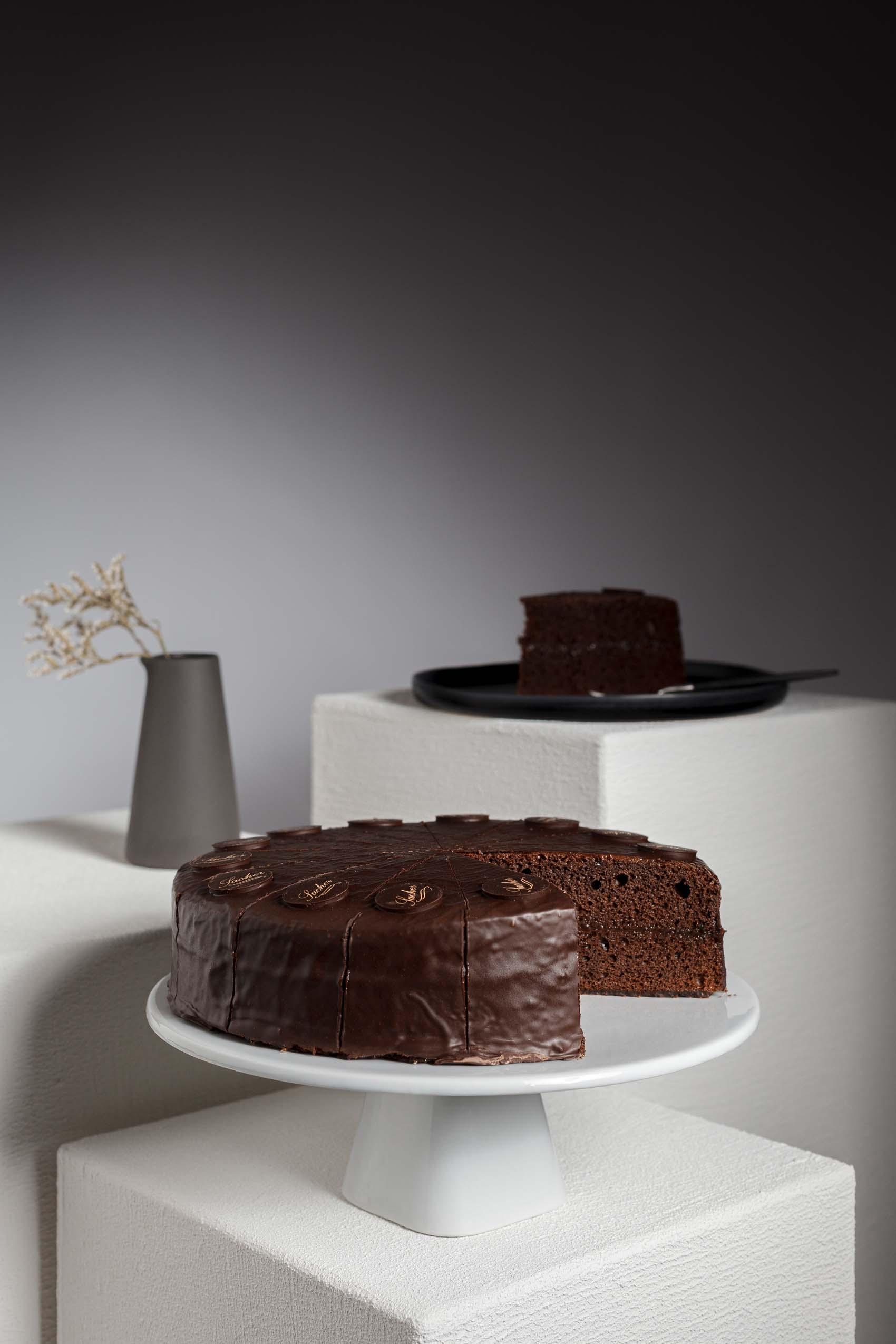 Produktfotos von Torten für den Produktkatalog der Tiefkühlkonditorei Brommler