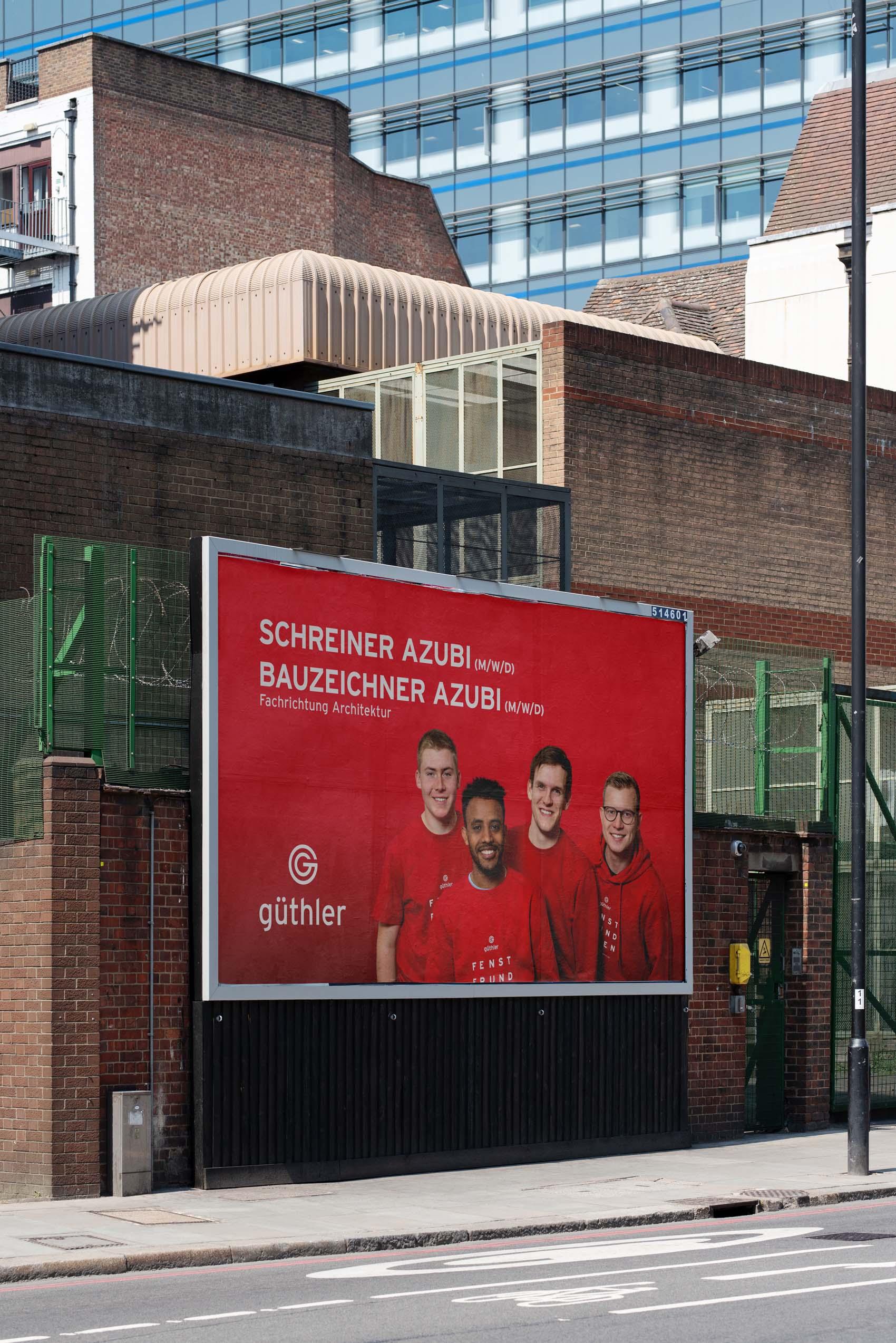 Großformatplakate Out-of-Home zum Employer Branding von Güthler Glasfassaden
