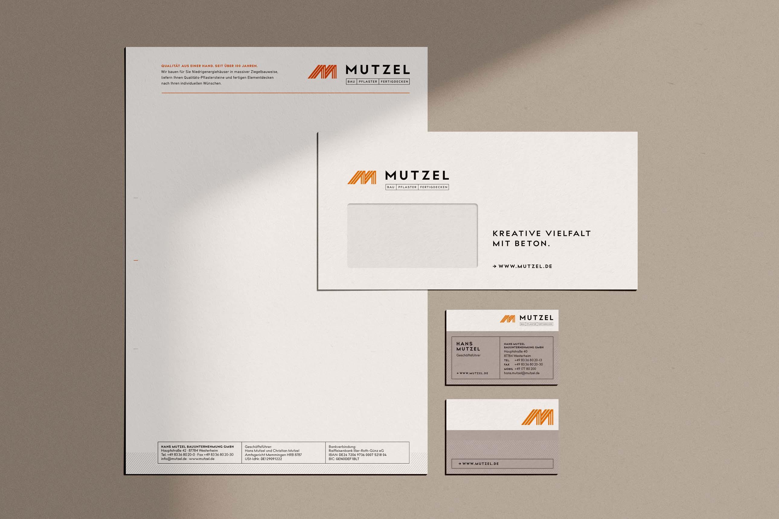 Design Geschäftsausstattung bestehend aus Briefbogen, Visitenkarten und Umschlägen