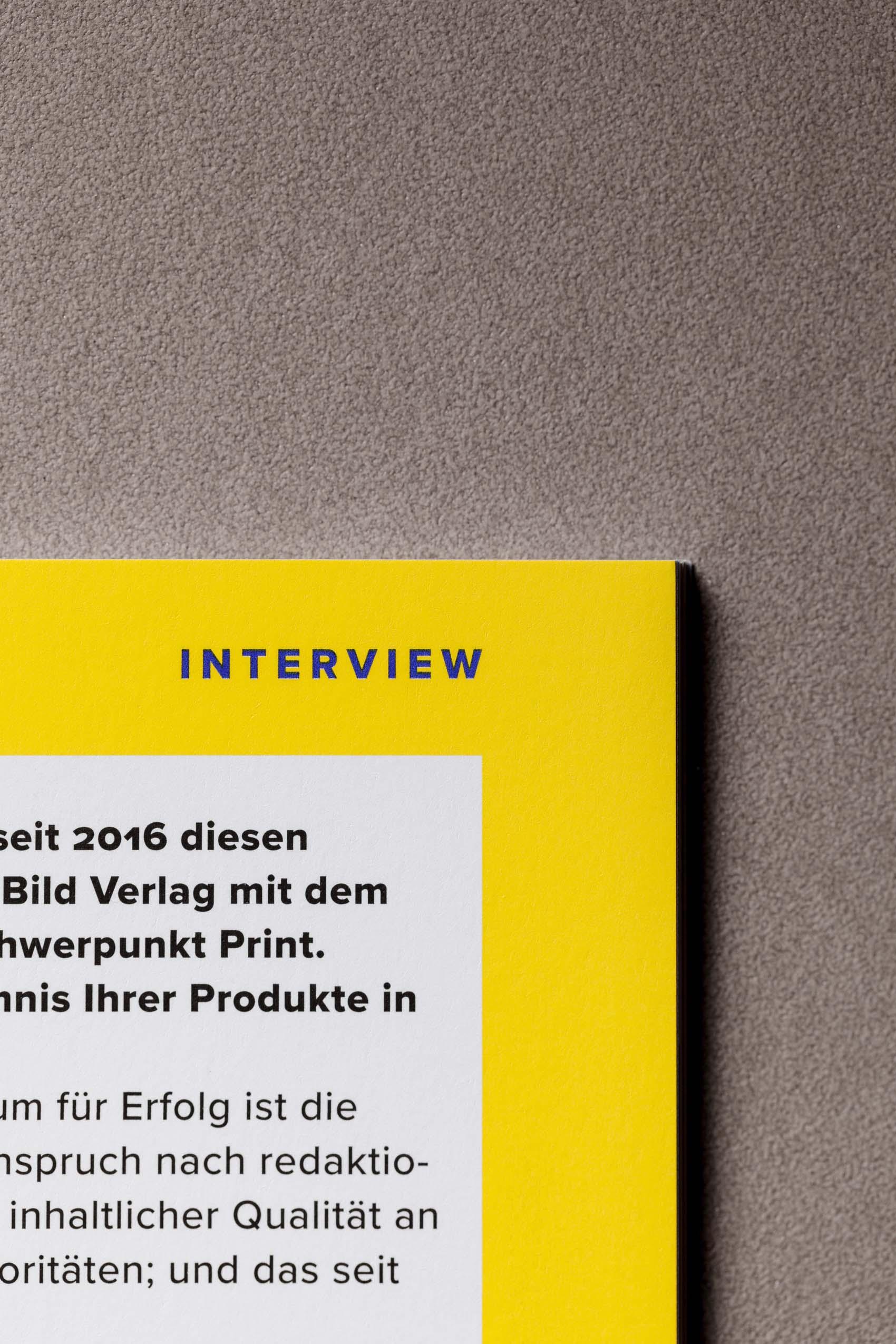 Interessante Farben, spannende Themen – Magazindesign fürs Jahresheft des VZB München